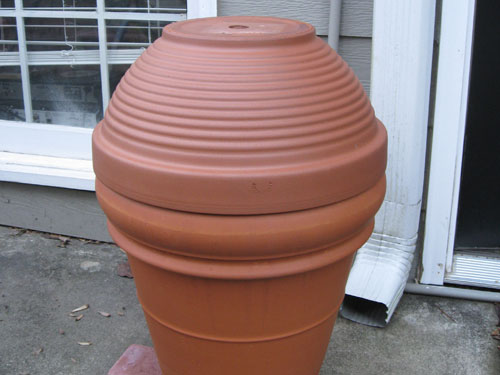 Tips for making a smoker out of garden flowerpots