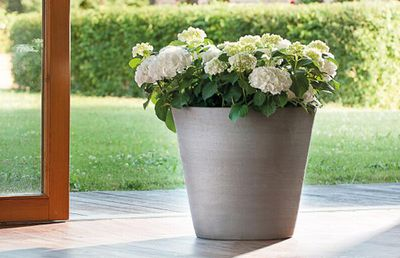 Graffite Grey Garden Planters
