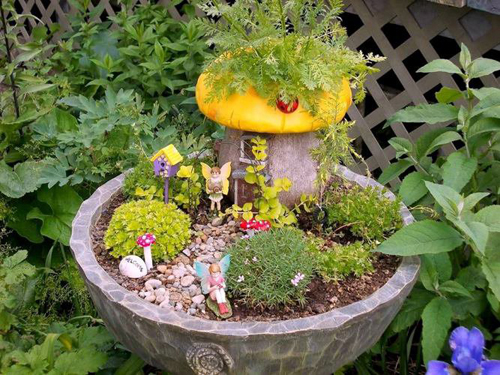 8420-Potted-Fairy-Garden