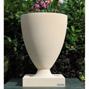Frank Lloyd Wright American Systems Planter - Frank Lloyd Wright Sandstone Garden Planters | Made in America | 5 Color Choices Bullet Shaped Planter