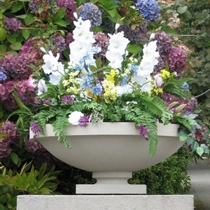 Frank Lloyd Wright Dana House Planter - Frank Lloyd Wright Bowl Shaped Sandstone Garden Planters | Made in America | 5 Color Choices | Ships Nationwide